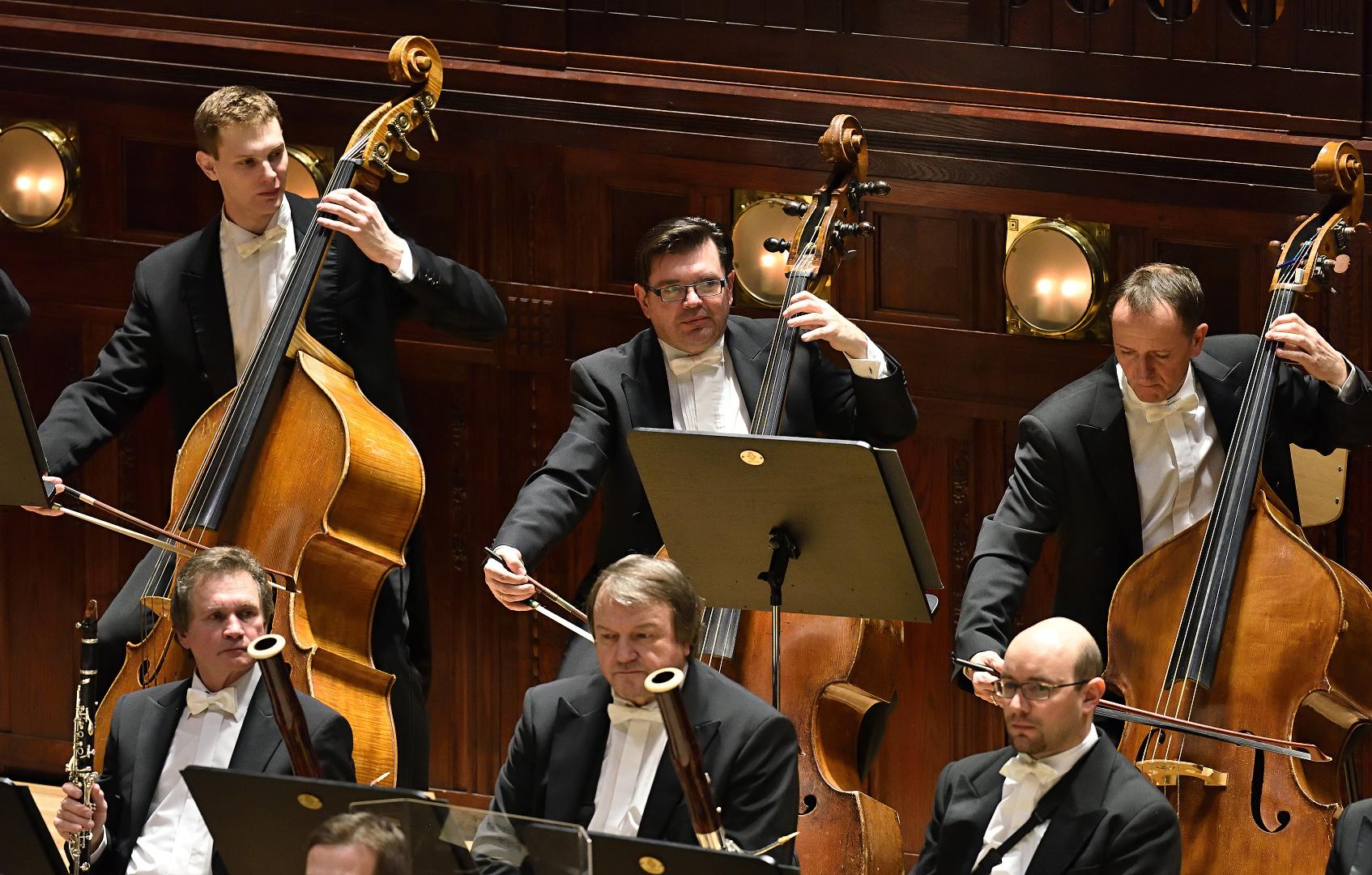 hráči orchestru FOK